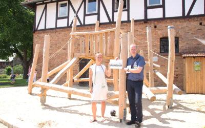 Spielplatzanlagen für das Mutter-Kind-Haus und für das Schlossgelände